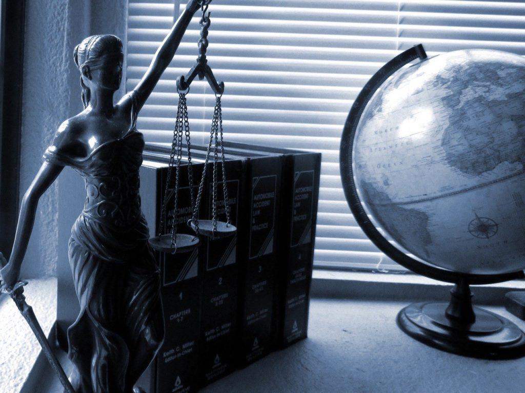 La justice civile et pénale